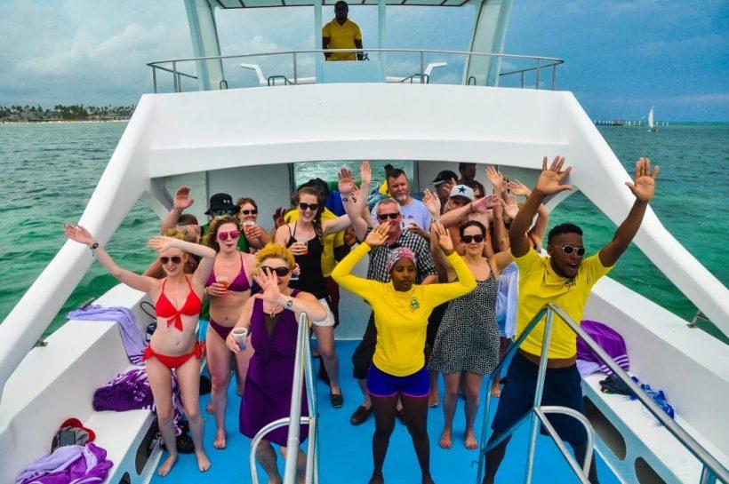aminacion party boat punta cana